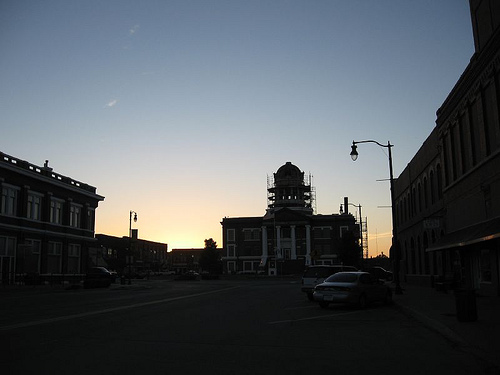Exploring Oklahoma History: New Cordell Courthouse Square Historical District